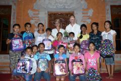 Schoolkinderen_Budakeling_2015_P1100459